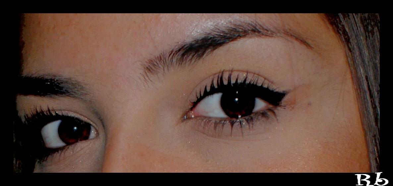 *occhi da orientale*