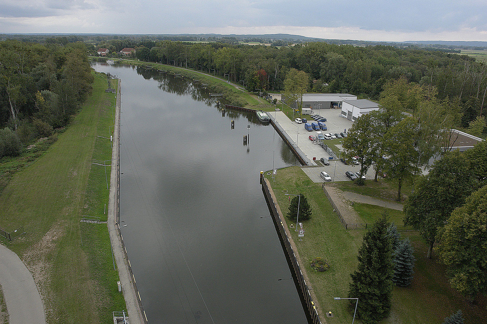 Oder-Havel-Kanal, Blick v. Schiffshebewerk Niederfinow