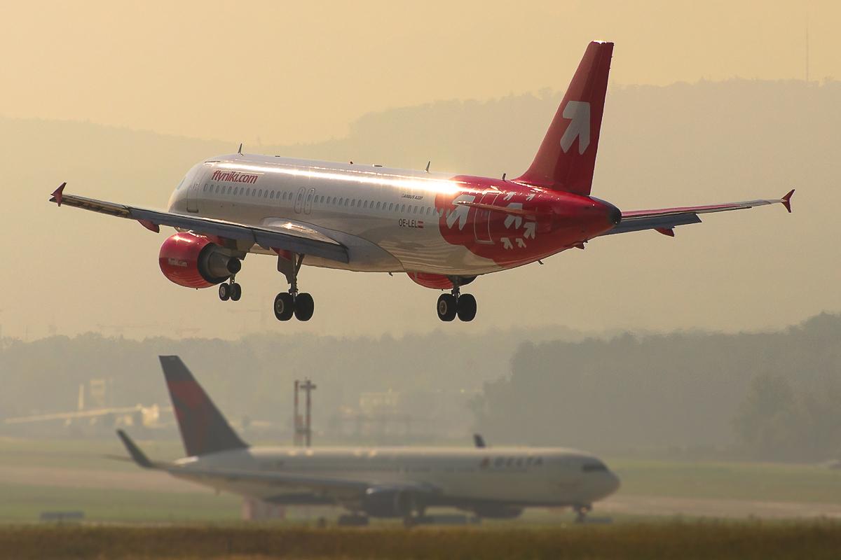 OE-LEL Niki Airbus 320-214