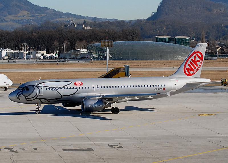 OE-LEO - Fly Niki - Airbus A320-200