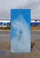 Öffentliche Dusche mit Bahnanschluss