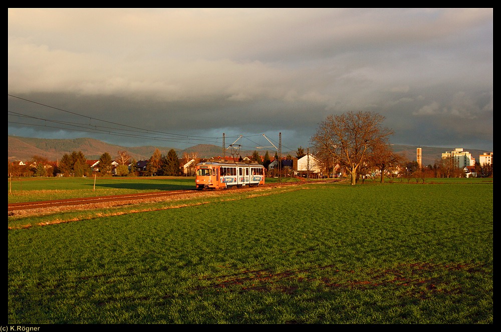 OEG 113 zwischen Edingen West und Edingen Gewerbegebiet