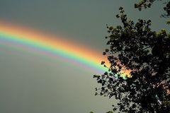 Österlicher Regenbogen