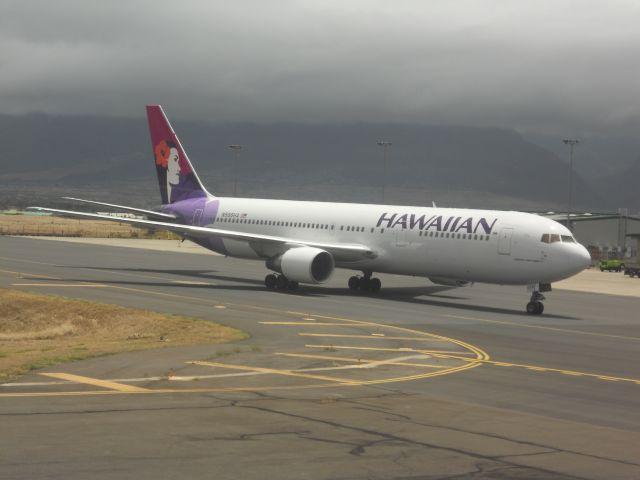 OGG Hawaiian 767