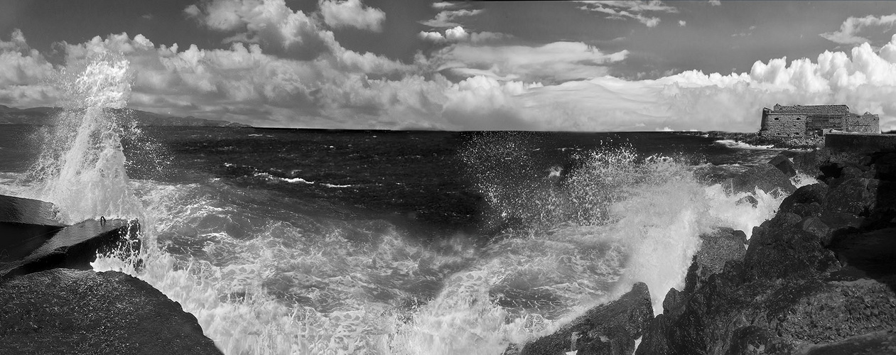 Oh, The Sea, The Sea......