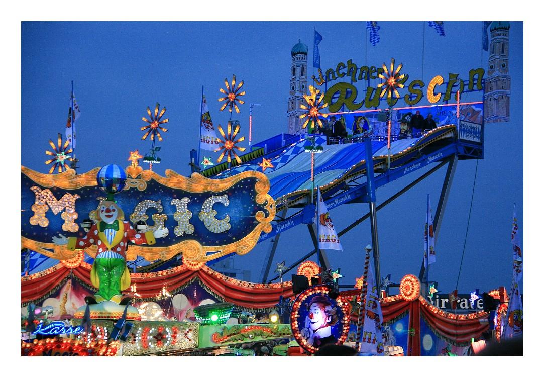 """Oktoberfest - München zur """"Blauen Stunde"""""""