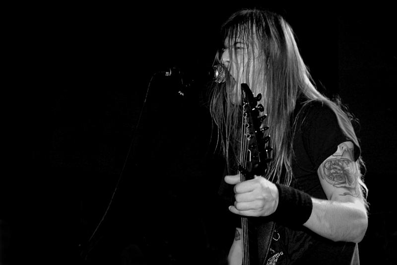 Ola Lindgren / Grave III