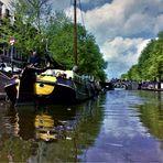 Old Amsterdam im Spiegel der Grachten