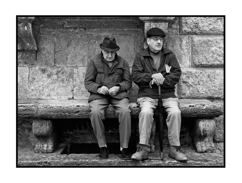old boy´s (vecchi giovani) in der toscana