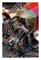 Old car's engine-2