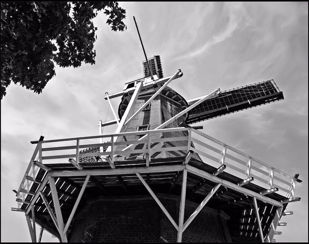 Old Dutch windmill in Garnwerd