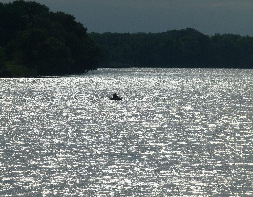 old man river oder einsamer Mann auf dem Dnjepr