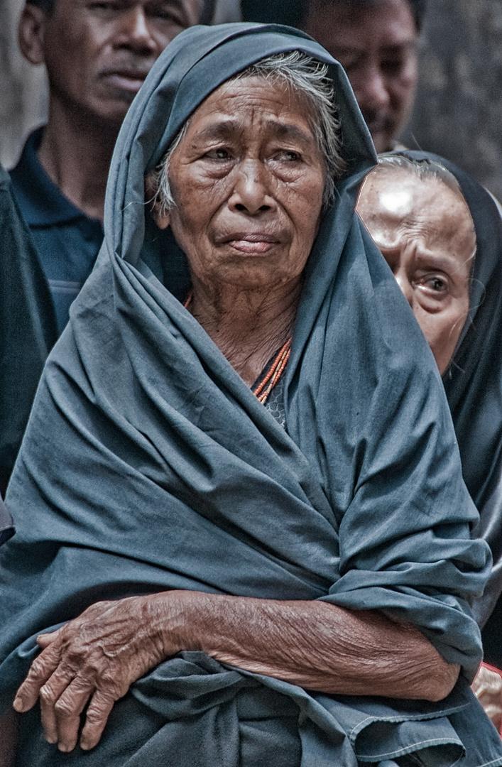 Old woman, Rantepao