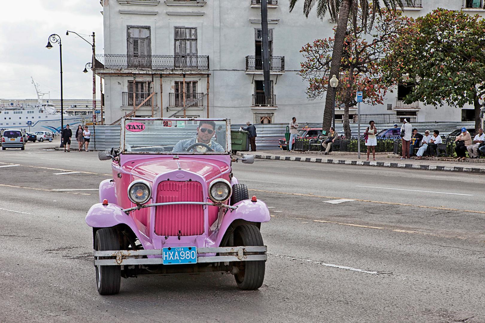 Oldtimer in pink