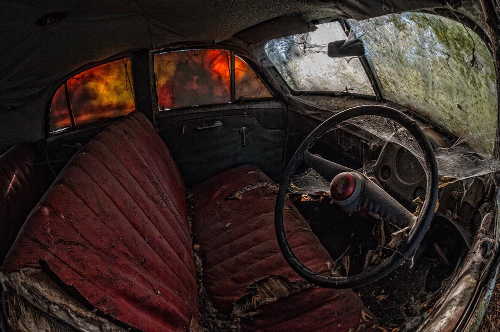 Oldtimerfriedhof - startbereit... :-) oder am Ende eines Autolebens