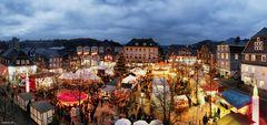 Olper Weihnachtsmarkt zur blauen Stunde