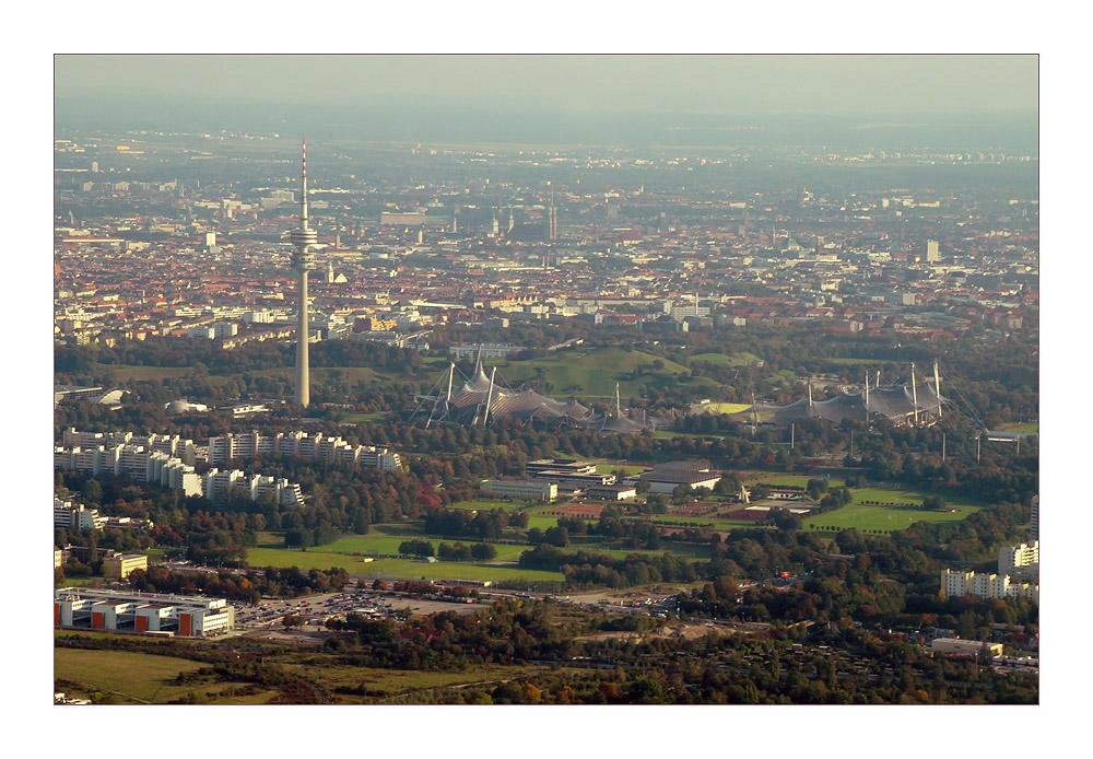 Olympiaturm und Olympiagelände