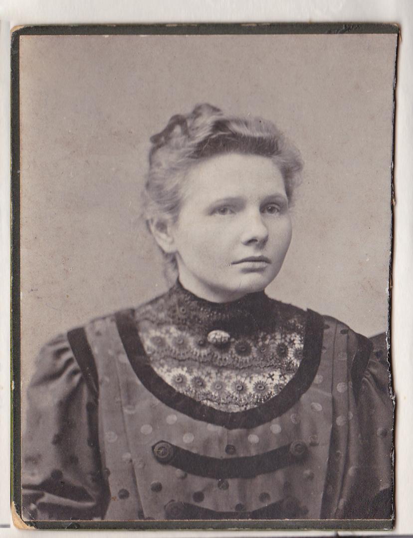 Oma Elise