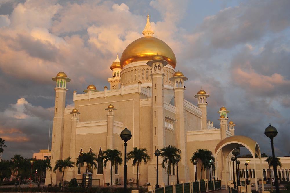 Omar Ali Saifuddin Moschee