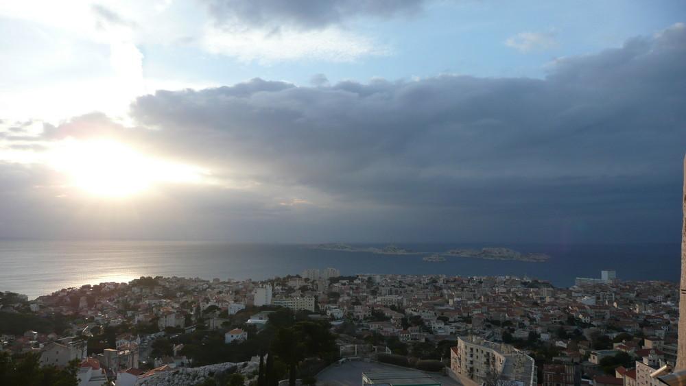 Ombre et soleil sur Marseille