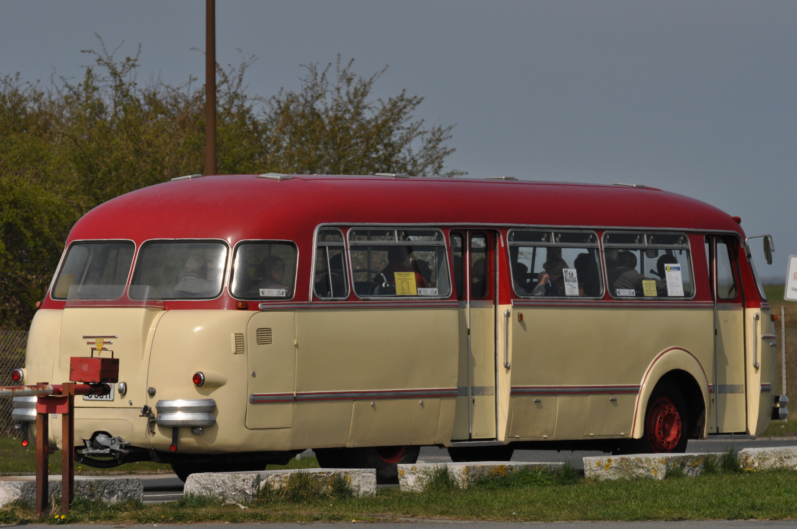 Om(mi)bus