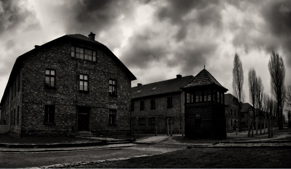 ... On the corner in Auschwitz ...