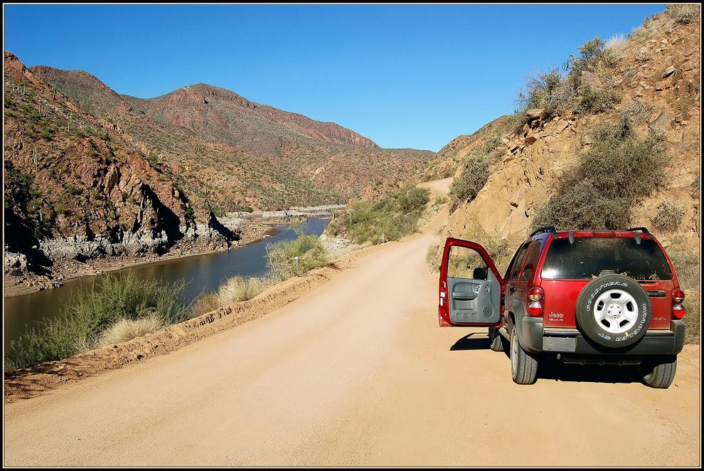On Tour im roten Jeep *2*