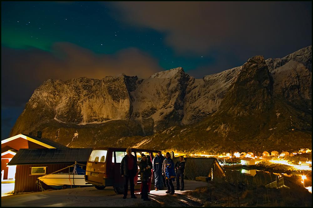 On tour- Polarlichtjagd in Reine