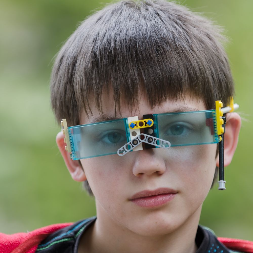 One step ahead with LEGO GLASSES