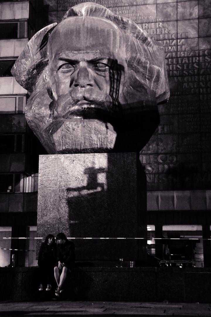 Onkel Marx is watching you!