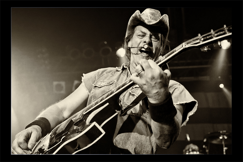 Onkle Ted Nugent 2...