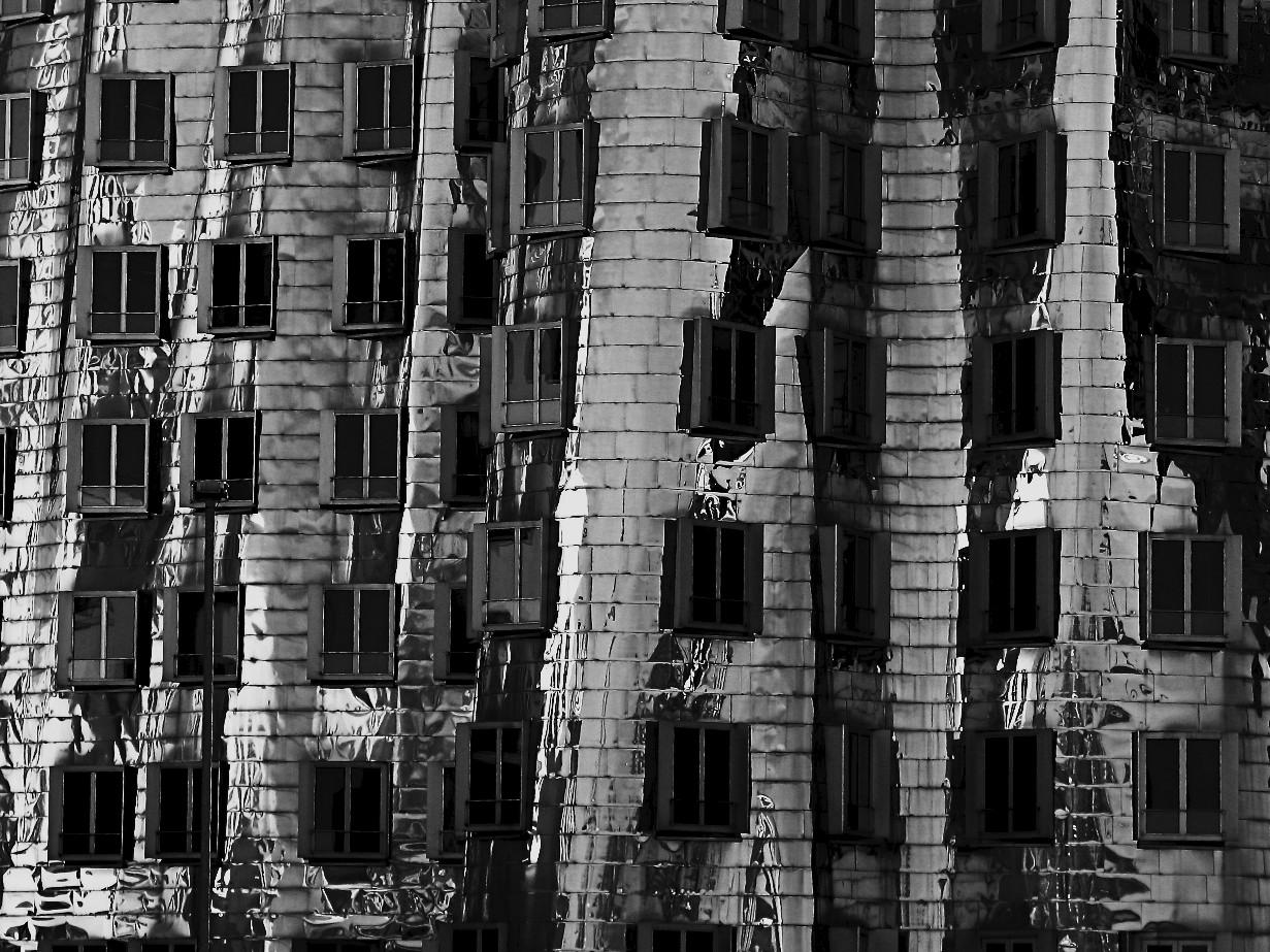 oohhh....Gehry!