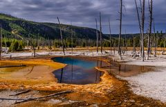 Opalescent Pool, Yellowstone NP, Wyoming, USA