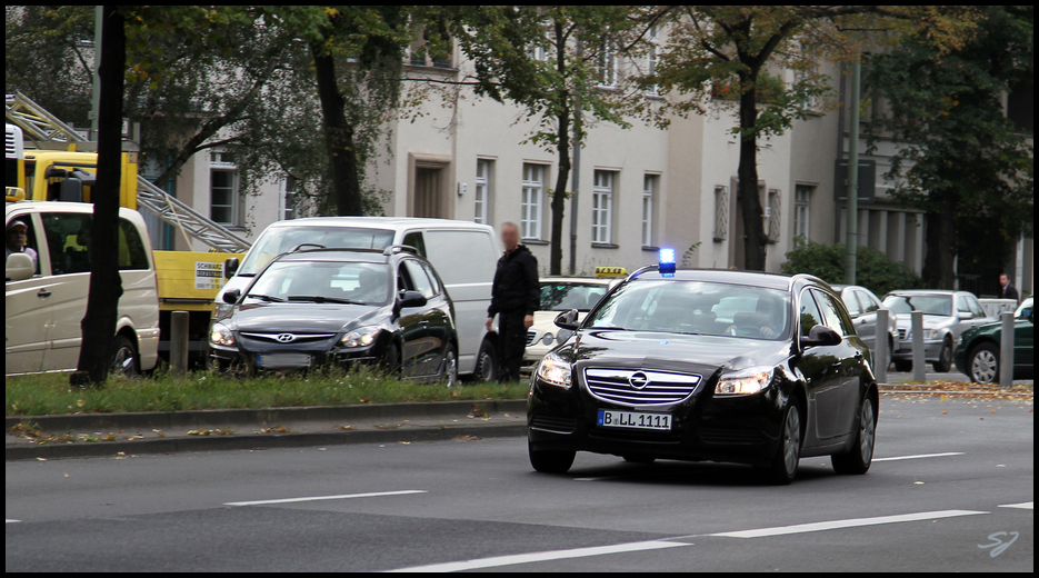 Opel Insignia Zivil Polizei