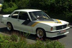 Opel Kultkarre B Ascona 400