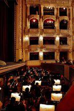 Opera))