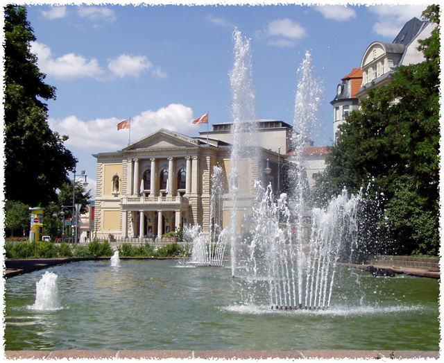 Opernhaus - Halle (2)