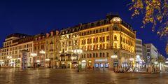 Opernplatz an Weihnachten