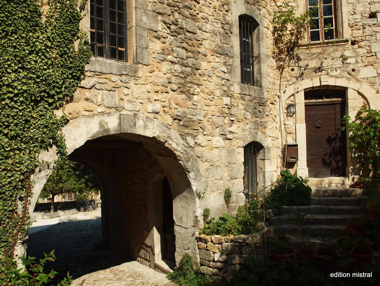 Oppède le vieux - Ansicht eines alten Dorfes