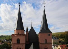 Oppenheim - Blick über die Katharinenkirche von Ost nach West