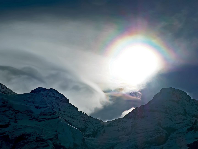 Optisches Phänomen der Atmosphäre: ein Halo!   -  Halo lumineux...
