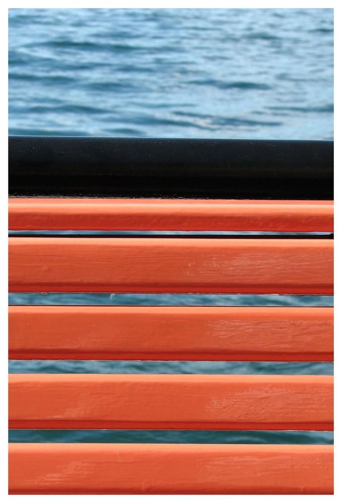 orange schwarz blau