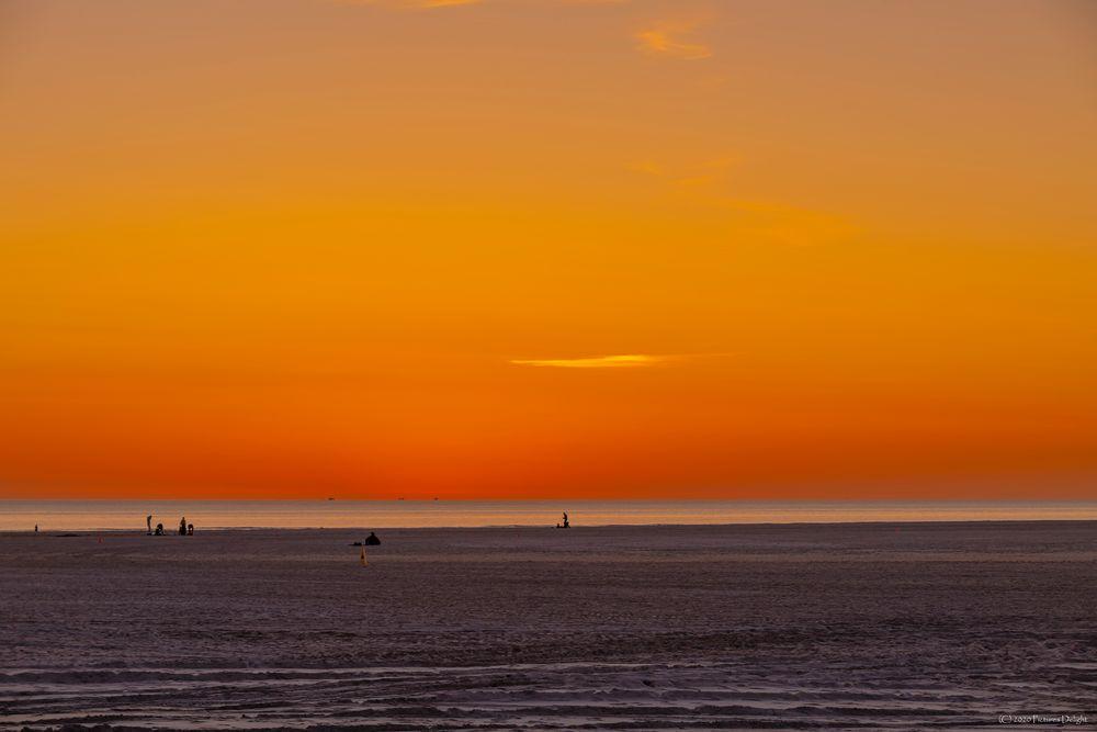 - Orange Sky -