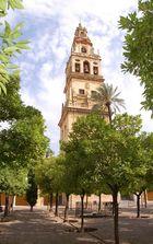 Orangenhof mit Glockenturm