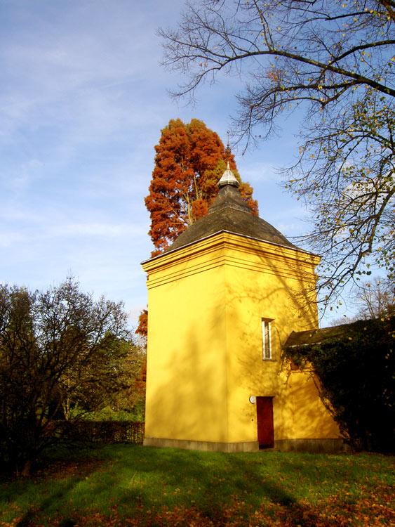 Orangerie, Düsseldorf-Benrtah