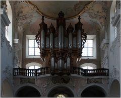 ... Orgel ...