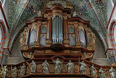 Orgel der Abteikirche in Brauweiler