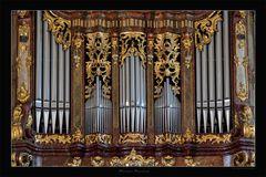 Orgel in Stein