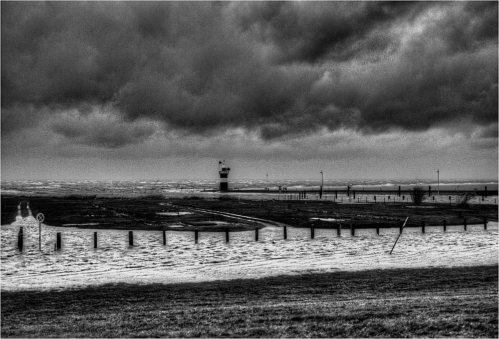*Orkan XAVER / Sturmflut*