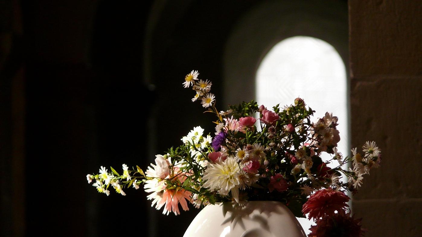 ---- Ornamenta Ecclesiae --- Licht und Leben